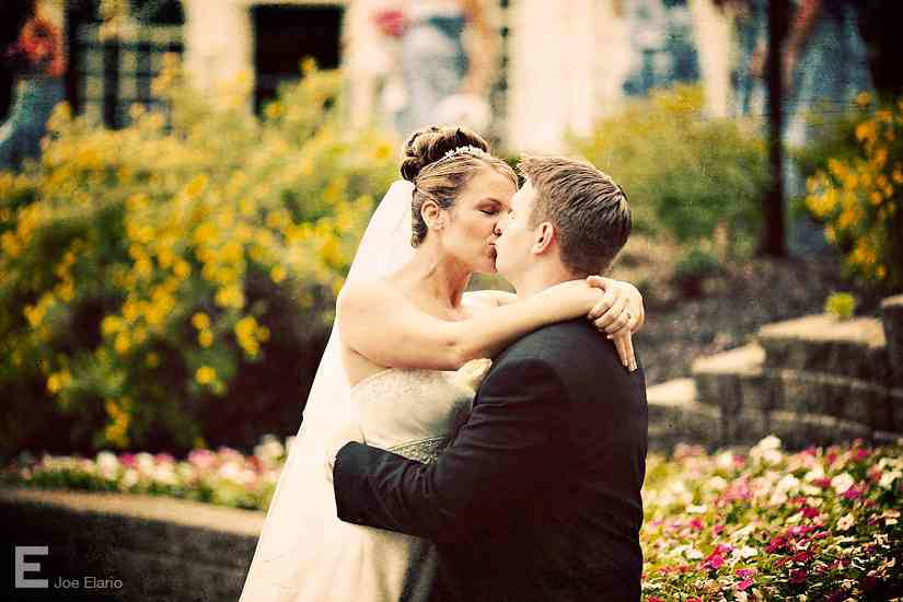 Real Wedding Spotlight: Beth & Chris