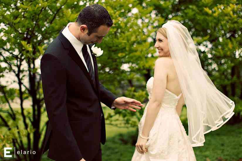 Real Wedding Spotlight: Suzanne & Lonnie
