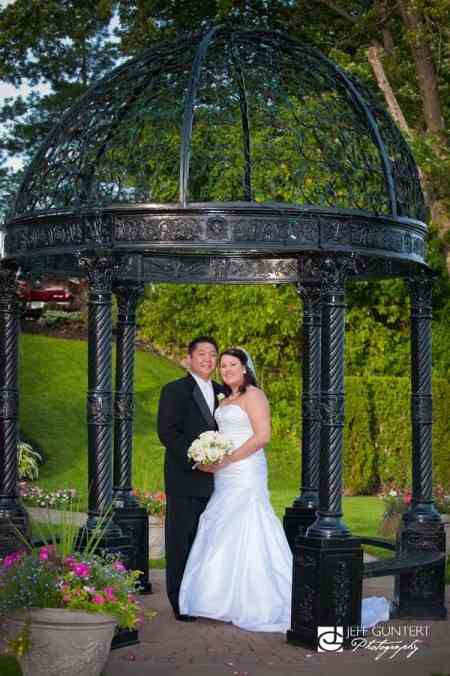 Real Wedding Spotlight: Laura and James