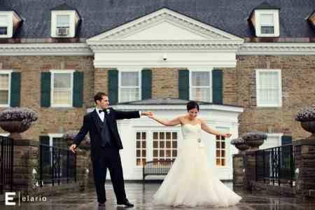Real Wedding Spotlight: Abi & Brad