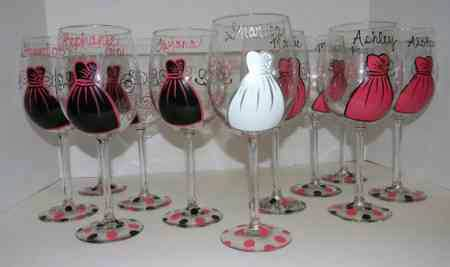 Fun Find: Bridesmaids Glasses!