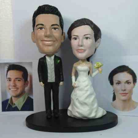 Fun Find: Wedding Bobbleheads