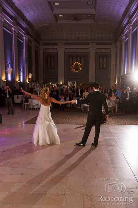 Real Wedding Spotlight: Lindsey & Jason