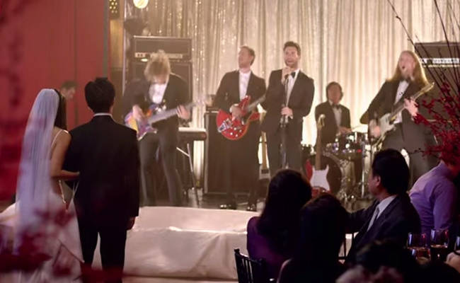 Wedding Crashers- Maroon 5 Style